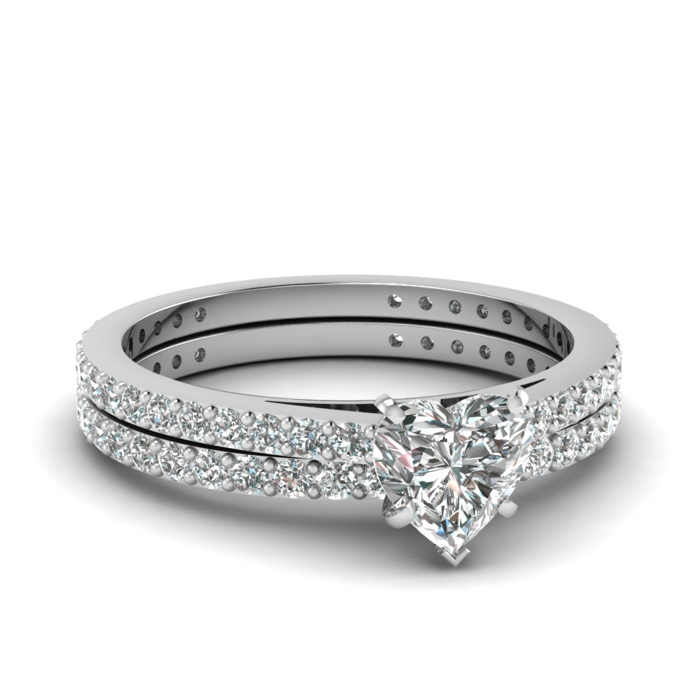 classic wedding ring set fascinating diamonds