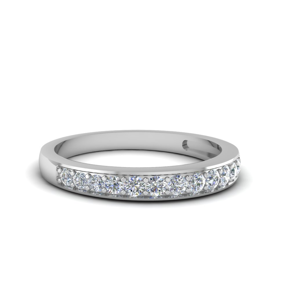 Women Pave Wedding Band