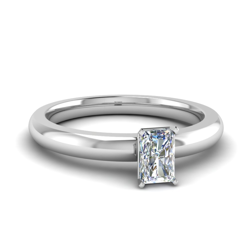 Radiant cut diamond engagement rings