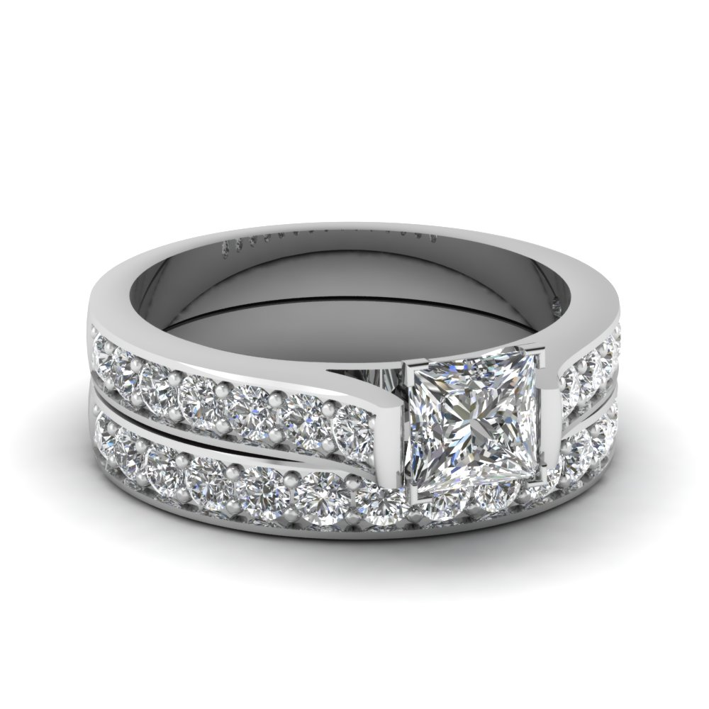 2 carat engagement ring luxury speaks for itself